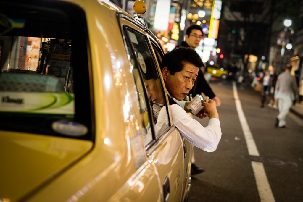 tokyo_color_taxidriver(c)2015JASONWELCH